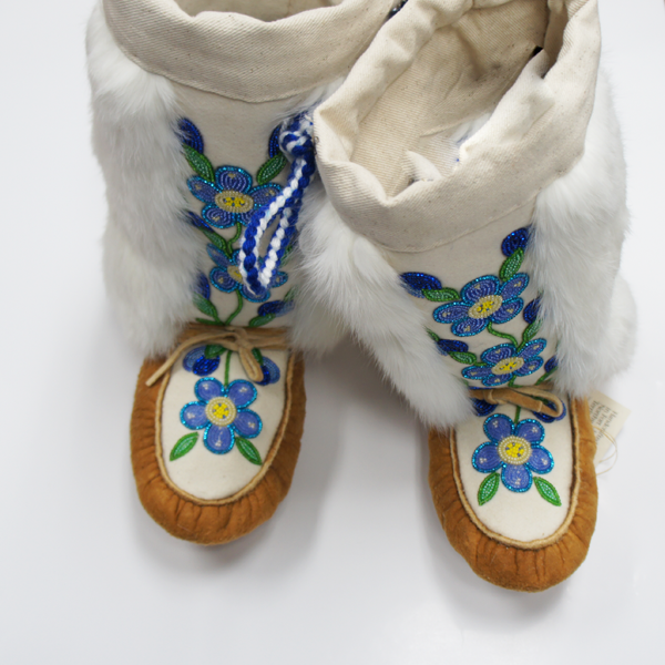 Handmade Traditional Moosehide Mukluks Acho Dene Native Crafts